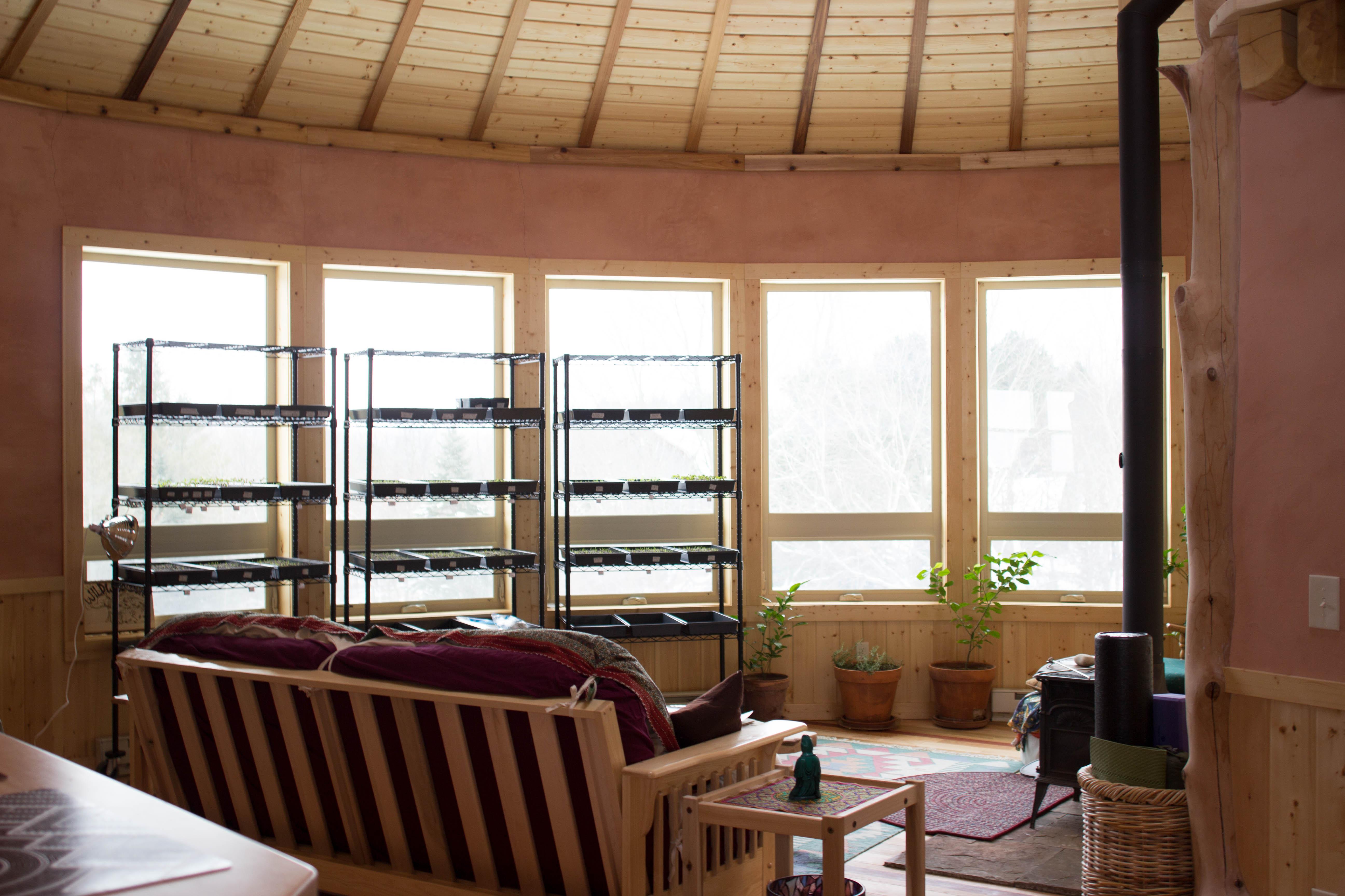 Wild Wood Round Cozy Home, Frankfort, MI
